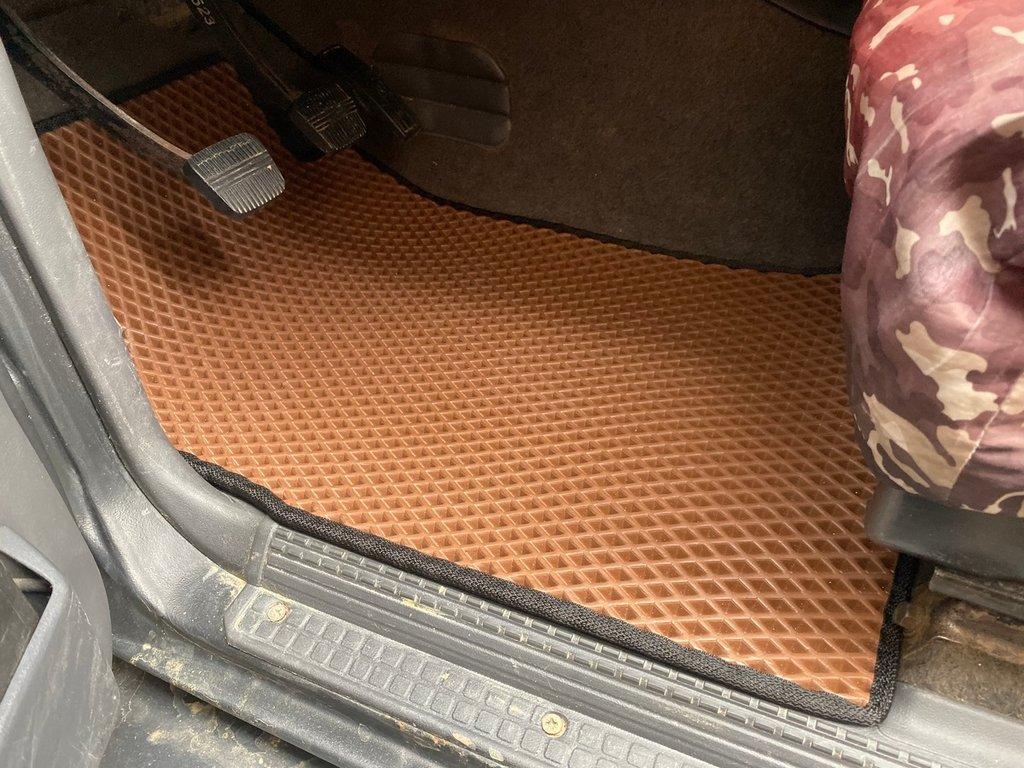 Полиуретановые коврики (EVA, кирпичные) Короткий, 5 штук (передние и задние)